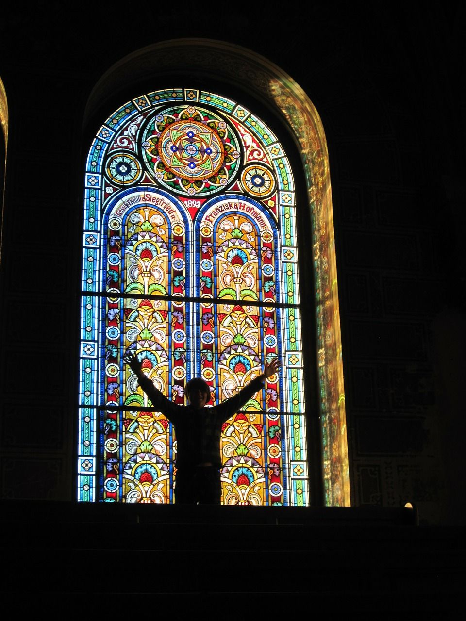stain-glass-window-273241_1280